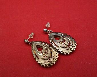 SALE Vintage Gold Wash Silver Dangle Earrings, Silver Filigree Drop Earrings, NOW 54.00 WAS 74.00