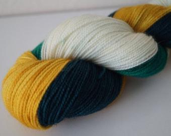 Day 23: Trim The Tree on Twist Sock – Hand Dyed Yarn