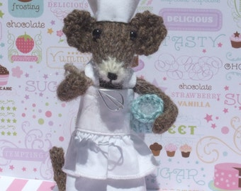 Knitted Mouse Chef