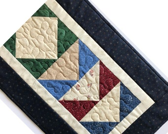 Quilted Table Runner Country Flying Geese