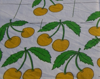 TABLECLOTH 60's Cherry cherry fabric TABLECLOTH 60 70 1970 years kitchen Vintage french former Rockabilly