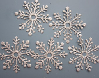 Set of 5 Large snowflakes, 5cm across