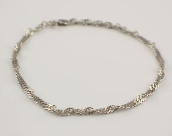 Simple Plain 925 Silver Flat Link Twist Effect Thin Bracelet with Bolt Clasp