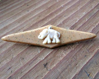 Vintage Elephant Pin - 1920s to 1930s - Early Plastic - Art Deco Jewelry - Beige - Tan - Glitter