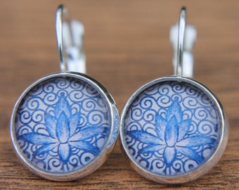 Blue Earrings, White, Chinese Porcelain, Glass Dome Earring, Lever Back, Floral Earrings, Simple Earrings, Gifts for Her, Everyday Jewellery