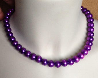 Necklace - pearly purple plastic necklace