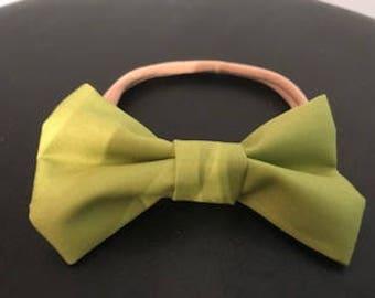 Handmade Bow Green (Pear Green)