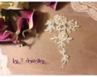 Brooch attached train Pearl ivory lace wedding * time *.