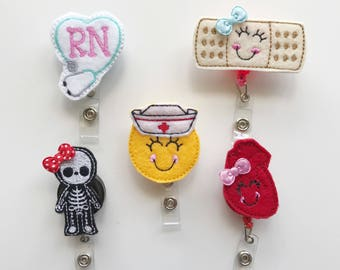 Badge holder nurse badge reel nurses id tag by mandag433 on etsy nurses week nurse badge reel solutioingenieria Image collections