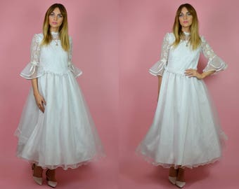 Vintage 1950s Embroidered Ball Gown WEDDING Dress