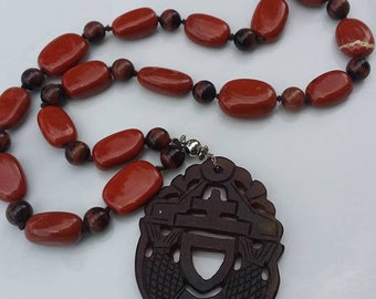 Handmade natural stones and large pendant necklace