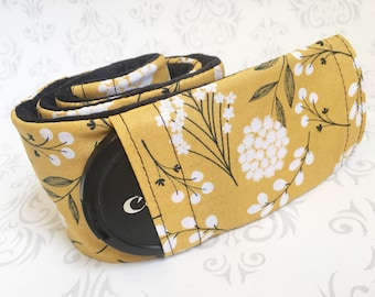 Camera Strap Cover with Lens Cap Pocket, Padded Minky,  Gift, Photographer Gift, Nikon, Canon - Cotton with Black