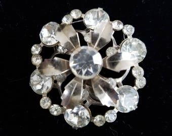 Vintage Rhinestone Brooch, vintage jewelry, rhinestone brooch, rhinestone pin, vintage brooch