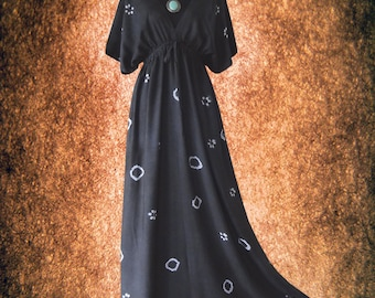 Shibori Dot & Floral Tie dye Artwork Casual Kimono maxi Dress