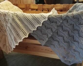 Handknitted baby blanket, 100% cotton, gray.