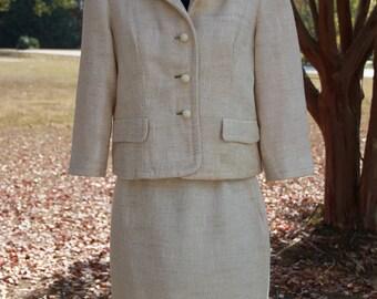 Vintage 60's Lilli Ann Winter White Petite Suit