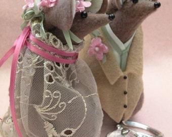 Wedding Mice in Felt  decoration   soft sculpture