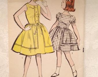 Vintage Sew-Easy ADVANCE pattern 2865 Girls Dress Size 8
