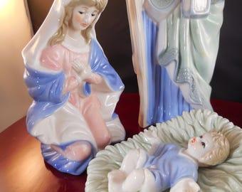 Nativity scene, beautiful, large porcelain scene with wooden base and original box.