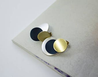 Matte circle 3 drop earrings