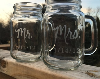 2 Mason Jar Mugs, Personalized Mason Jars, Etched Mason Jars, Wedding Present, Couple Wedding Gift, Just Married, Toasting Glasses, Custom