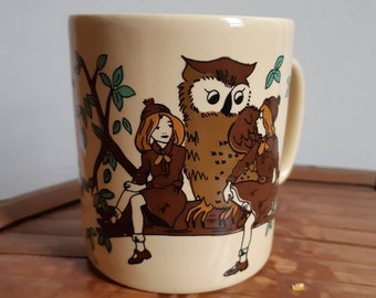 Girl Guide / Brownie mug , Brownie oath , owl , Girl Guides of Canada , scouts