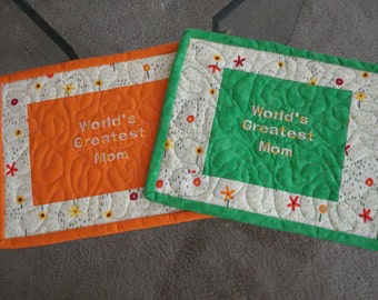 Quilted Mug Rug World's Greatest Mom - Set of 2