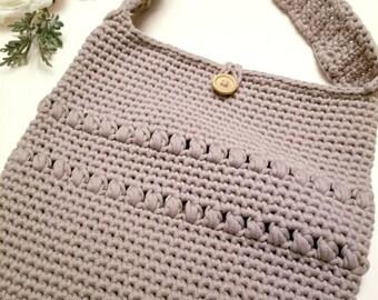 Small crochet crossover bag