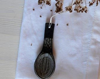 Spoon Rustic spoon Brown spoon Pottery spoon Ceramic spoon Mom gift Housewarming gift Cooks gift Gift for her Clay spoon Serving spoon