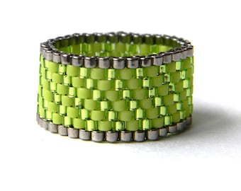 Size 6.5 womens ring Lime green ring for women Seed bead jewelry Peyote beaded ring Women's fashion ring Sparkly ring Wide flat ring band