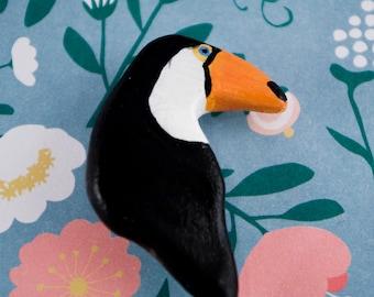 toucan pin - polymer clay pin - bird pin