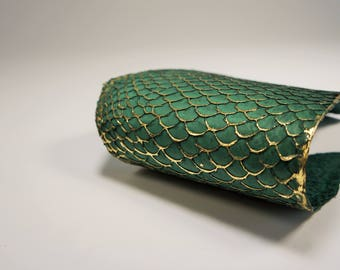 Green glold fish leather Tilapia leather Exotic fish leather Fish skin Hides of fish Organic fish leather Leather fish hide for accessories