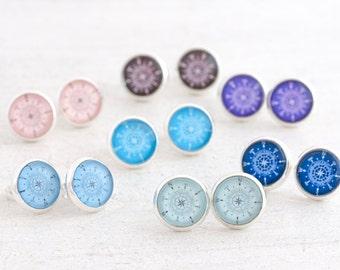 Compass Stud Earrings, Wanderlust Earrings, Wanderlust Jewellery, Traveller Jewelry, Personalised Compass, Graduation Gift for Her