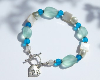 Recycled Glass and Pearl Bracelet