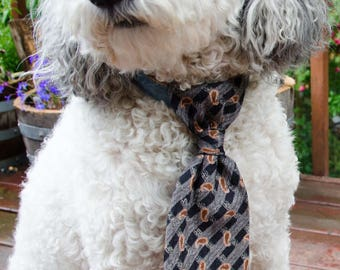 Dog Neck Tie  - Black and Brown Size Medium  Pet Neck Tie for Wedding    - Adjustable Legnth  -  Pet Photo Prop - Over Collar Neck Tie
