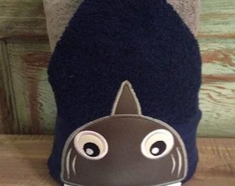 Shark Peeker 5x7 - 2 hoopings