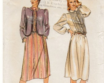 "A Front Tuck Buttoned Bodice, Long Sleeve Dress & Shaped Hemline Short Jacket Sewing Pattern for Women: Size 8 Bust 31-1/2"" • Butterick 3574"