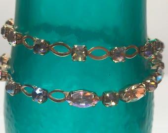 Vintage rhinestone crystal gold tone necklace
