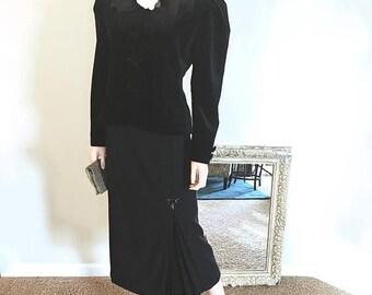 Black Velvet Jacket Large. 1980s C'est Simone Peplum Style. Wedding Guest Jacket Size 12. Wide Shoulder Victorian Black Evening Jacket L