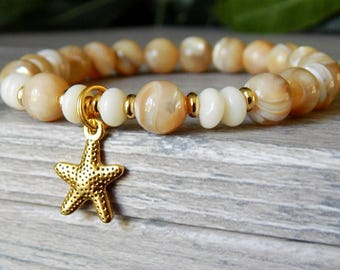 Starfish Bracelet, Mother of Pearl Bracelet, Cream Bracelet, Beach Bracelets, Beaded Beach Bracelet, Mother of Pearl Jewelry, Starfish Charm