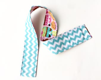 Reversible Camera Strap Cover,Neck Strap Padded DSLR Photographer Thank You Gift, Photography Teal Blue Chevron Cupcakes