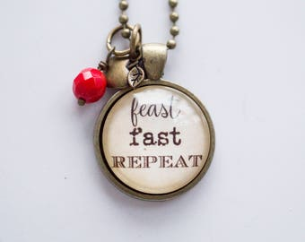 Feast Fast Repeat Necklace - Jewelry For Faster - Health Pendant - Ketogenic Necklace - Text Jewelry Intermittent Fasting Diet Lifestyle