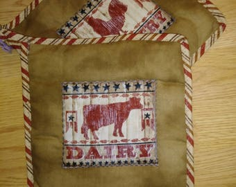 Cow & Rooster 2 pc. Pot Holder or Hot Pad Set