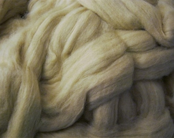 Green Pima Cotton Sliver Roving - 4 Ounces