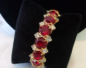 Hattie Carnegie Vintage Red & White Glass Rhinestone Estate Gold Plate Cuff Bangle Bracelet 7""