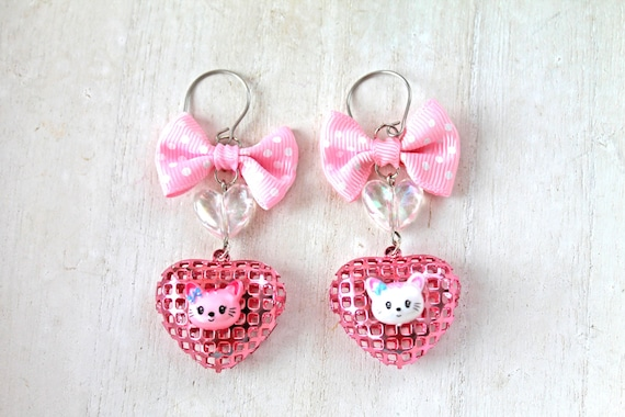Kawaii cat mismatched earrings white and pink sweet lolita bow