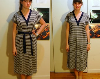 M Vintage 60s/70s Navy Striped Dress