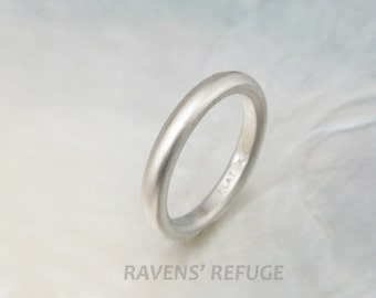 traditional platinum wedding band --  3mm domed wedding ring with matte finish