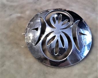 Silver Pop-Up Circle Brooch