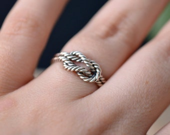 Knot ring in sterling silver twisted engagement ring - nickel free ring - rope ring - infinity knot ring - minimalist engagement silver ring